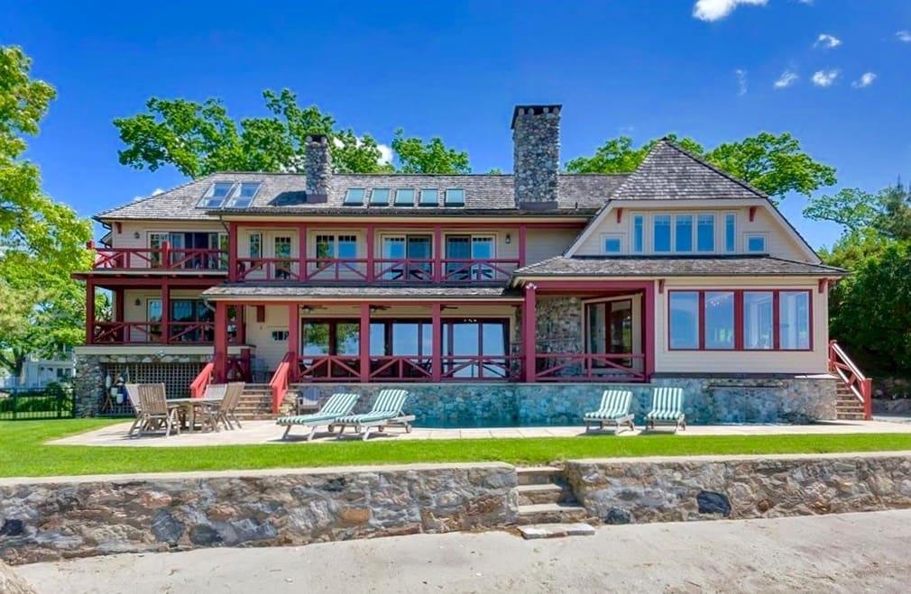 Pratt Island Custom Timber Frame Home