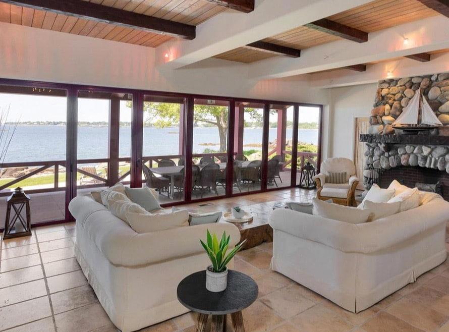 Pratt Island Custom Timber Frame Home k